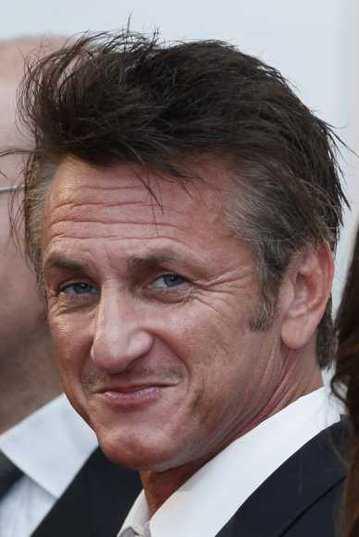 Sean Penn in Cannes for Haïti, may 18 AGORA (behind Palais)