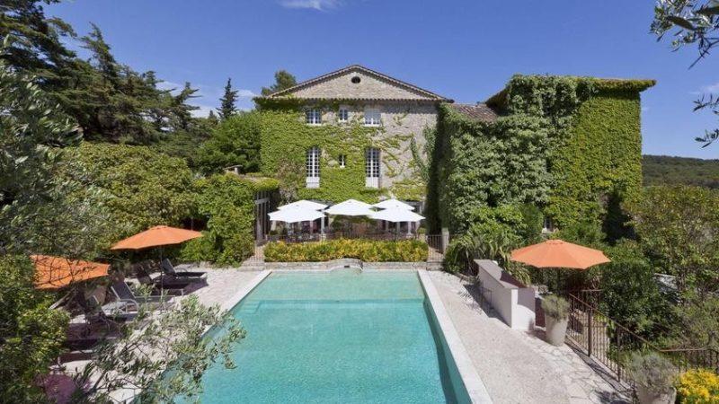 Villa Schweppes au Festival de Cannes 2018 Orelsan, Clara Luciani, Eddy de Pretto