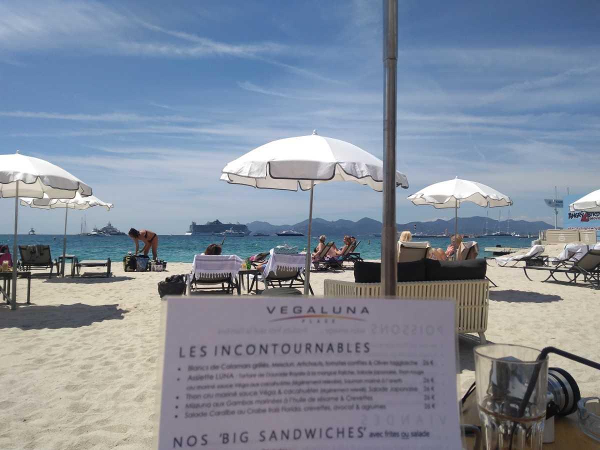 Cannes Gourmet : Le Restaurant de la Plage Vegaluna