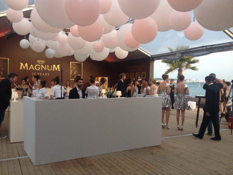 Festival de Cannes : Iris Apfel devient la nouvelle égérie Magnum vidéo